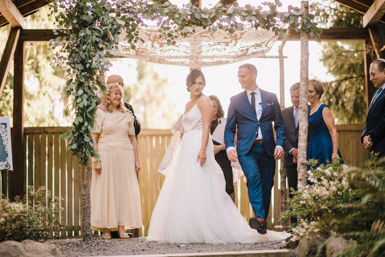 147-woodland-farm-meadow-wedding-by-best-seattle-film-photographer.jpg