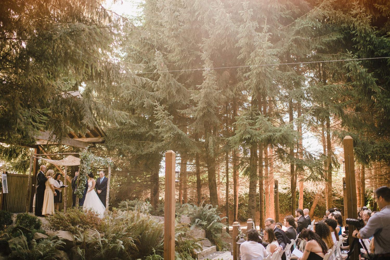149-woodland-farm-meadow-wedding-by-best-seattle-film-photographer.jpg