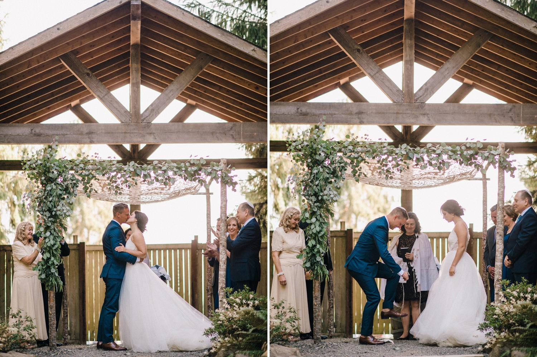 151-woodland-farm-meadow-wedding-by-best-seattle-film-photographer.jpg