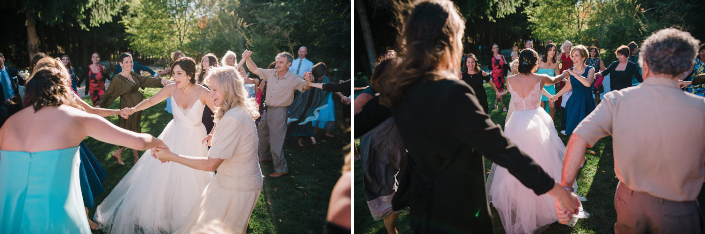 162-woodland-farm-meadow-wedding-by-best-seattle-film-photographer.jpg
