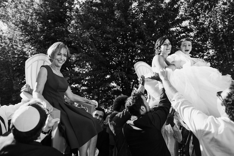 175-woodland-farm-meadow-wedding-by-best-seattle-film-photographer.jpg