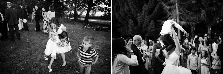 183-woodland-farm-meadow-wedding-by-best-seattle-film-photographer.jpg