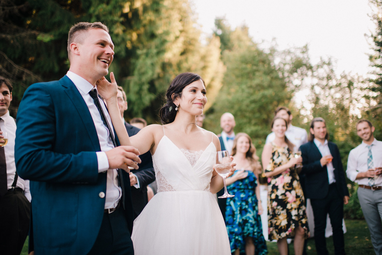 187-woodland-farm-meadow-wedding-by-best-seattle-film-photographer.jpg