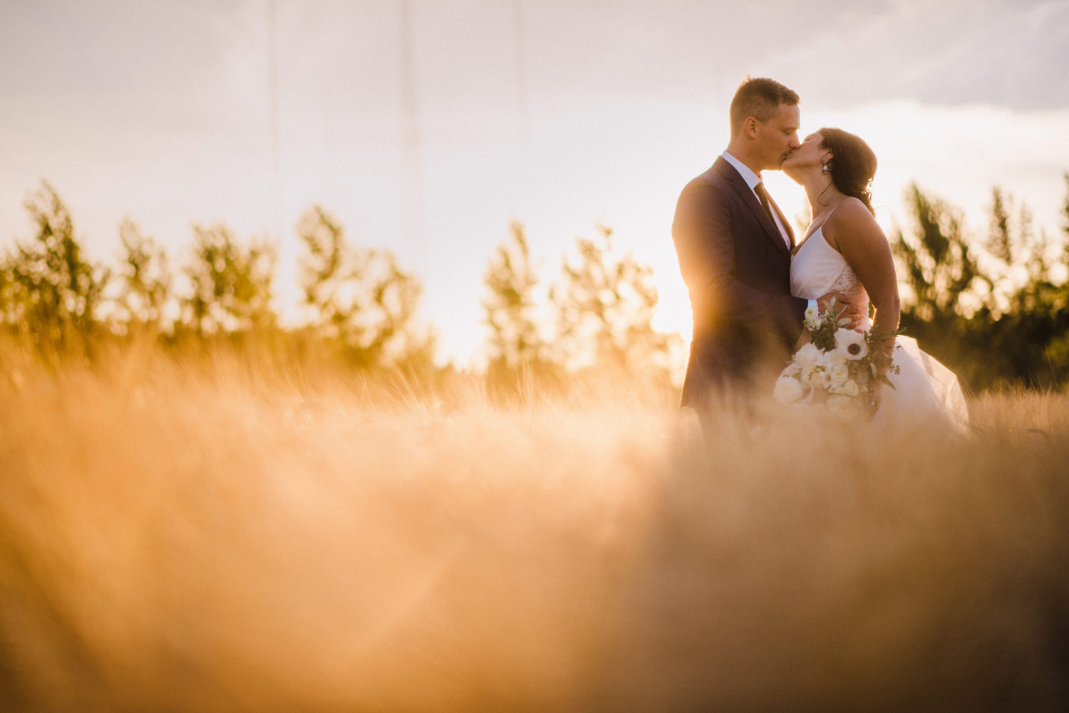 201-woodland-farm-meadow-wedding-by-best-seattle-film-photographer.jpg