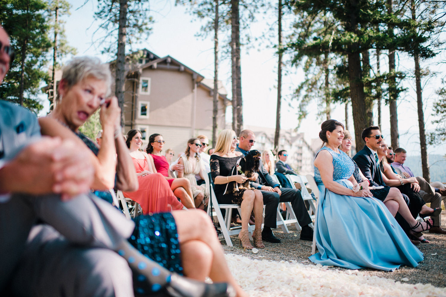 278-bright-coral-wedding-with-sinclair-and-moore-at-suncadia-resort.jpg
