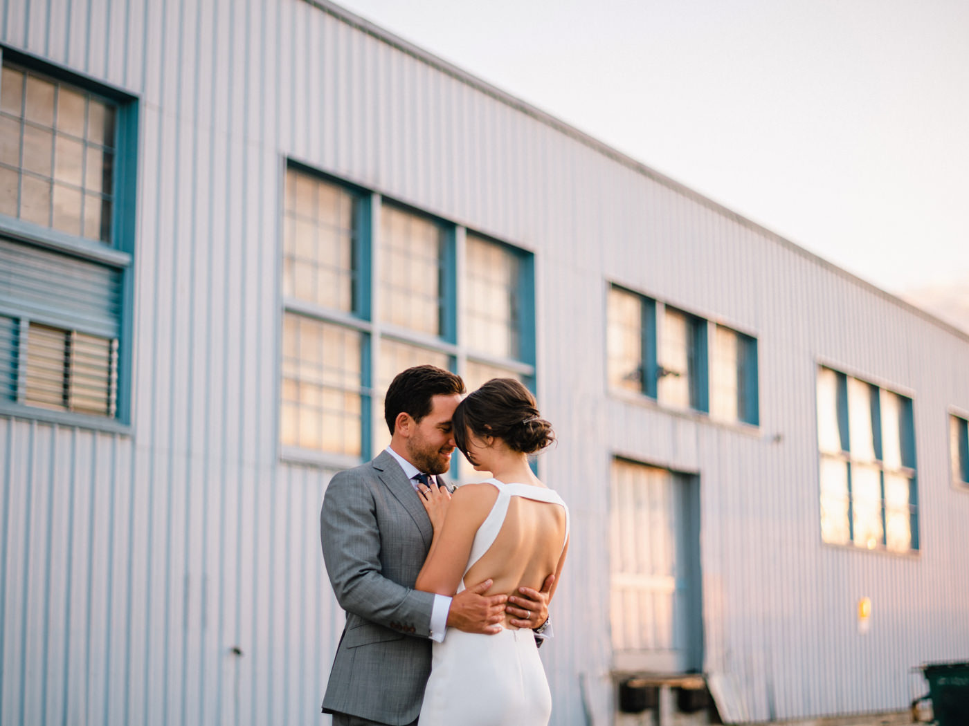 066-golden-hour-wedding-portraits-in-sodo-seattle-by-ryan-flynn.jpg
