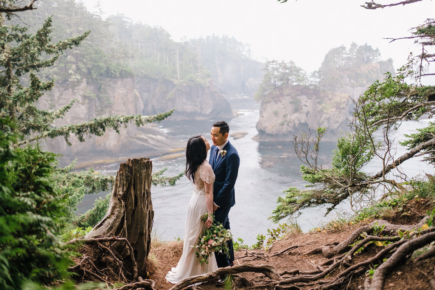 230-pacific-northwest-wedding-photography-by-ryan-flynn.jpg