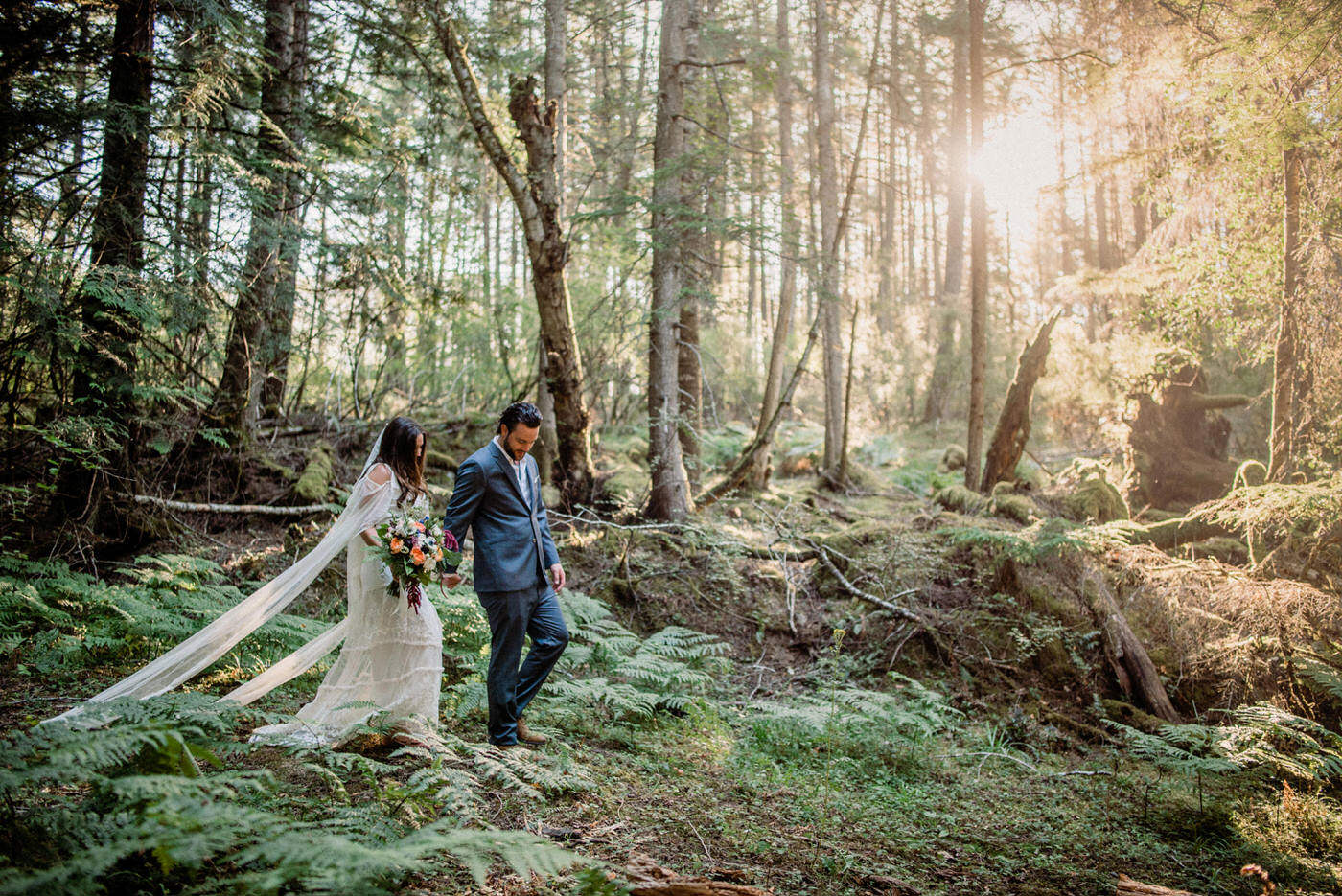 001-orcas-island-boho-forest-wedding-by-best-seattle-photographer.jpg