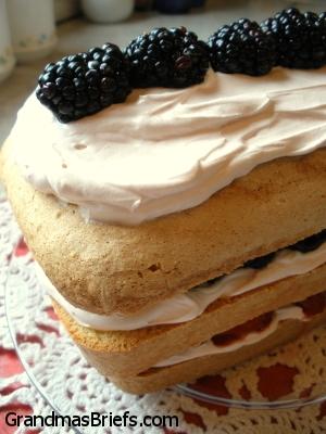 Berry_Layered_Poundcake.jpg