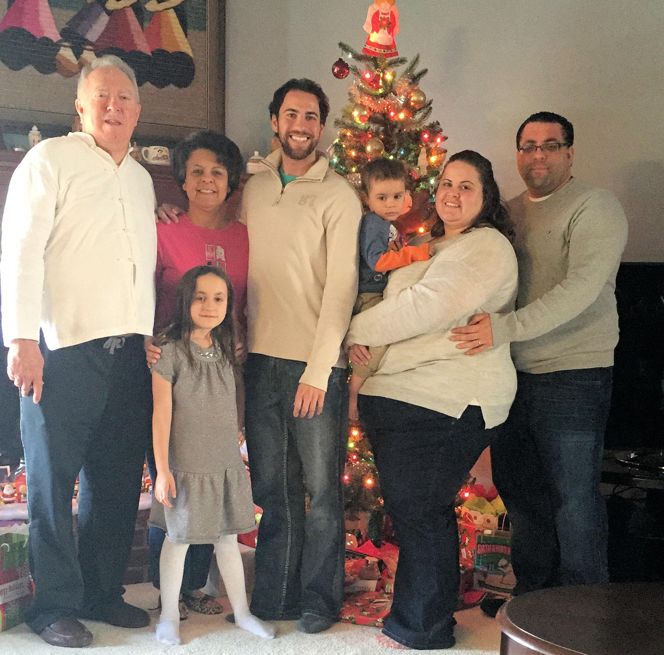 family_christmas.jpg