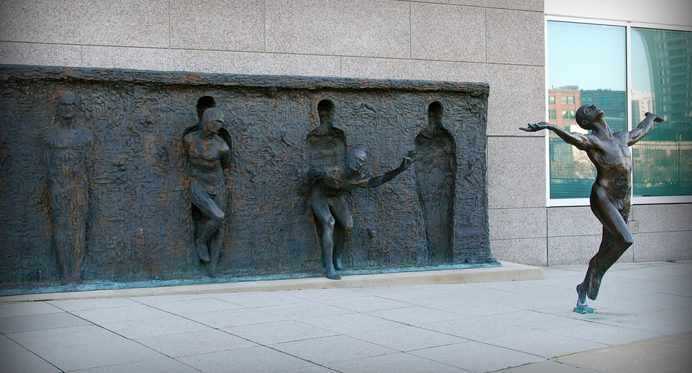 Sculpture by Zenos Frudakis Location: 16th and Vine Streets, Philadelphia, USA