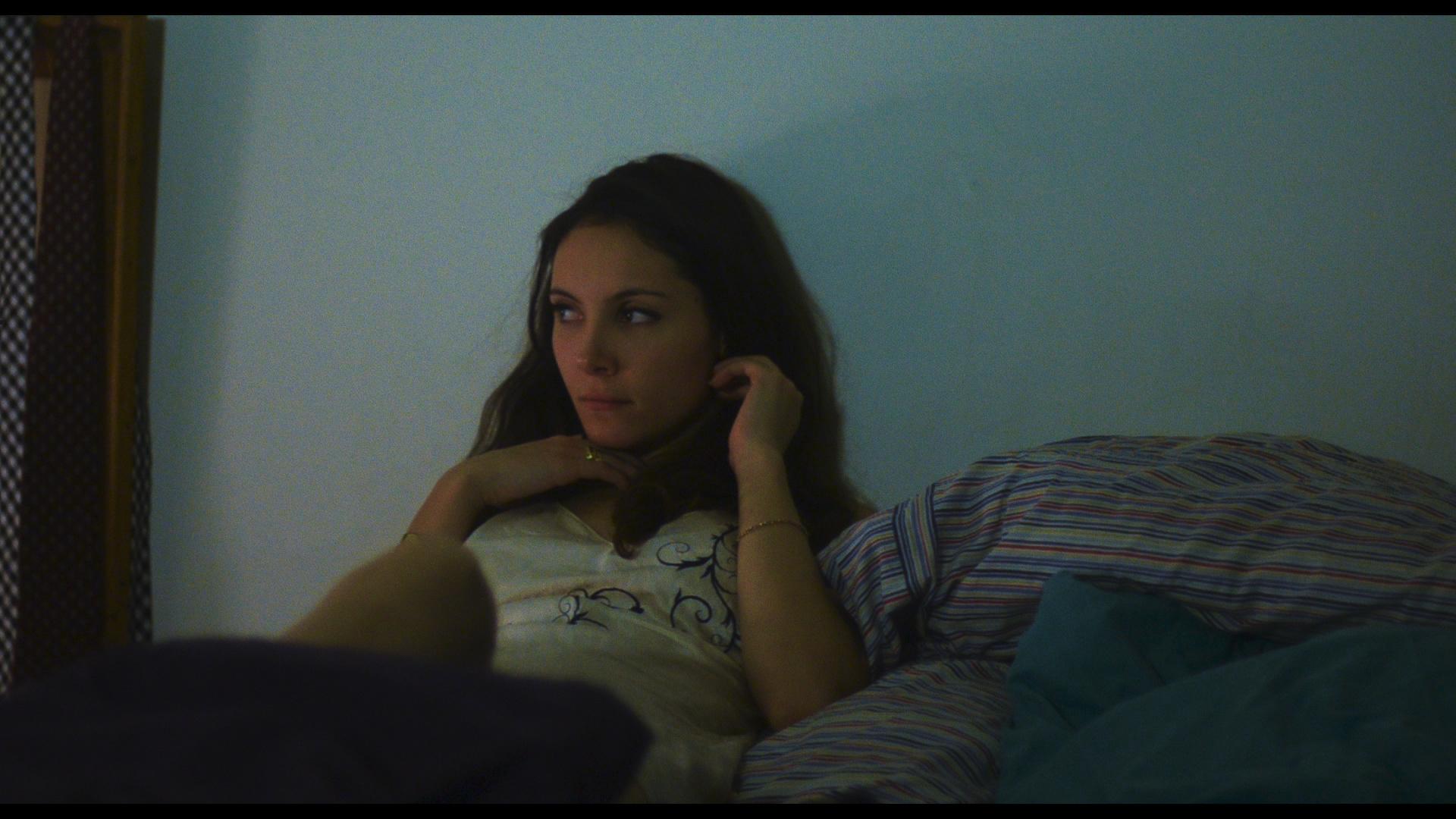 Samantha Robinson as Ashley Evans 2