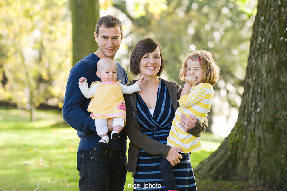 young-family-of-four-greenlake-seattle-family-photography2.jpg