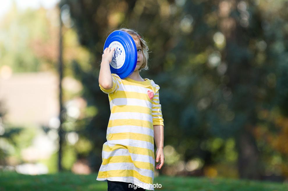 little-girl-greenlake-seattle-childrens-photography.jpg