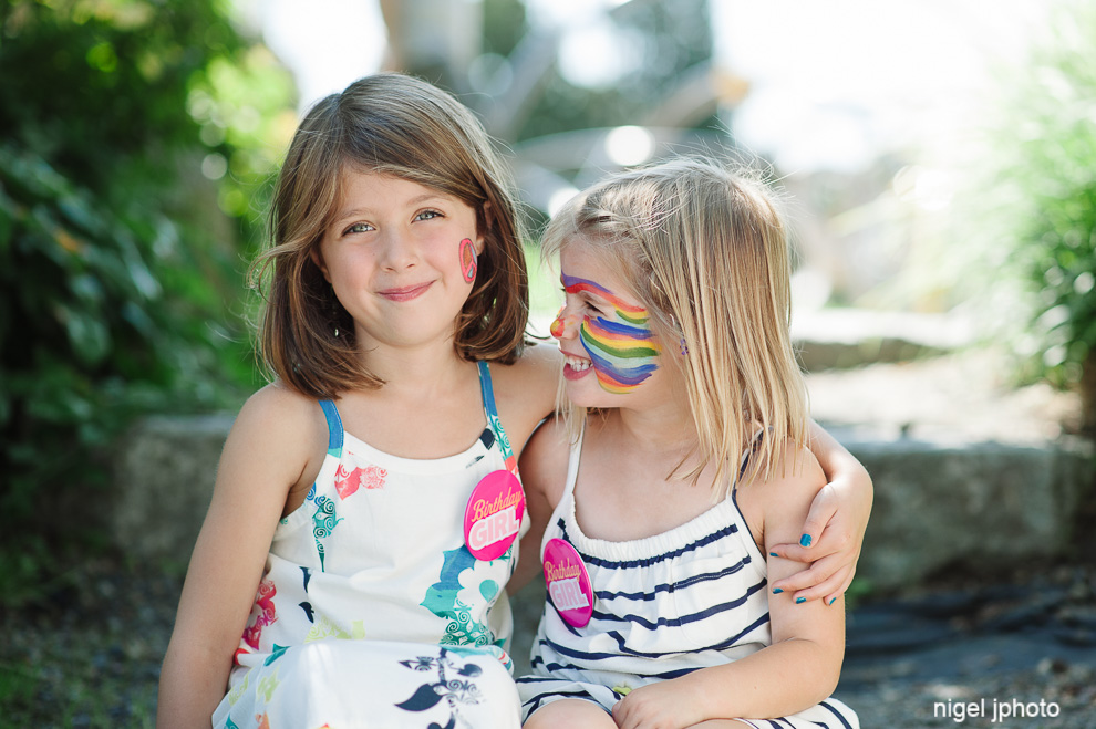 sisters-seattle-family-photography-park.jpg