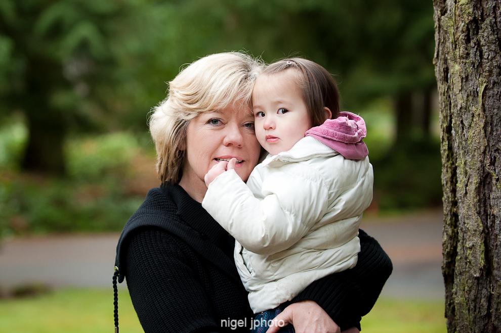 portrait-grandmother-with-asian-granddaughter-seattle.jpg