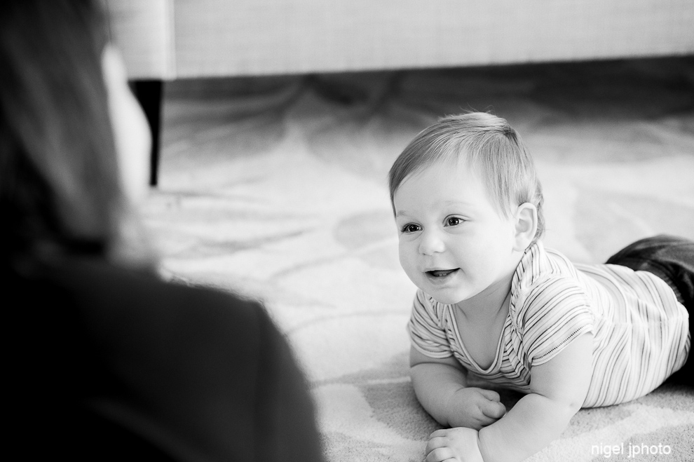 crawling-one-year-old-boy-seattle-portrait-photography.jpg