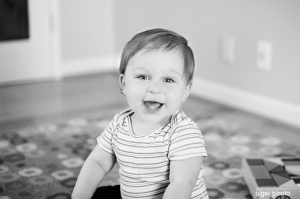 smiling-one-year-old-boy-seattle-portrait-photography.jpg