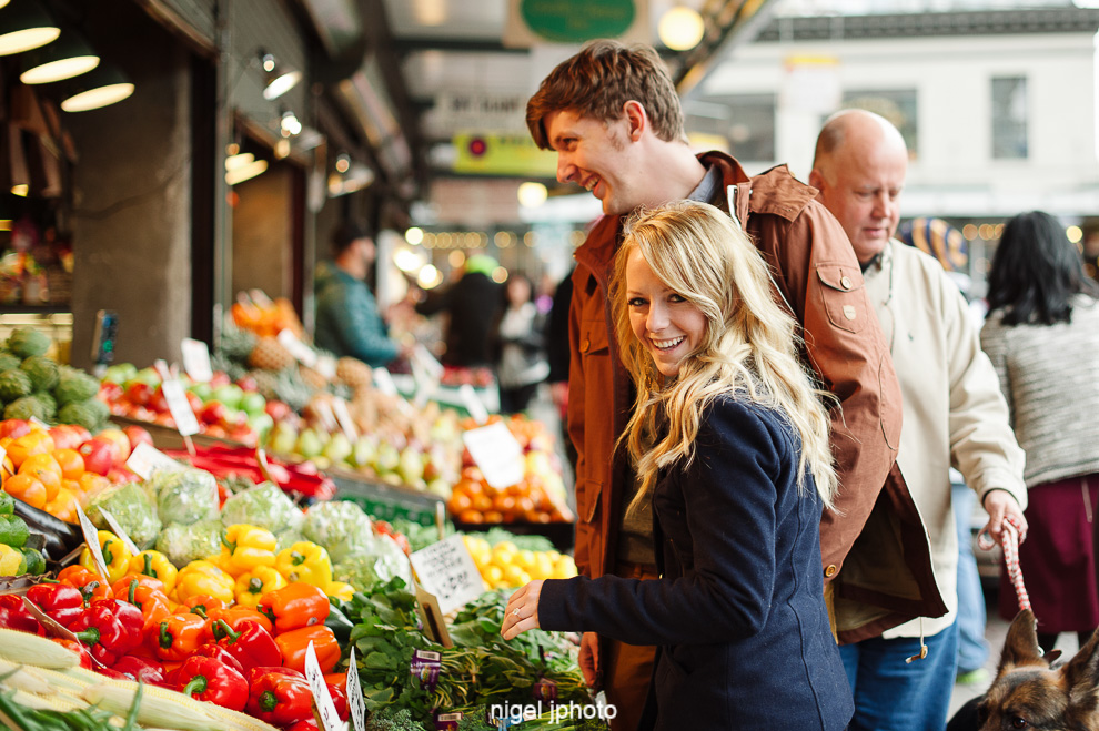 pike-place-market-engagement-couple-colorful-vegetables-photography.jpg