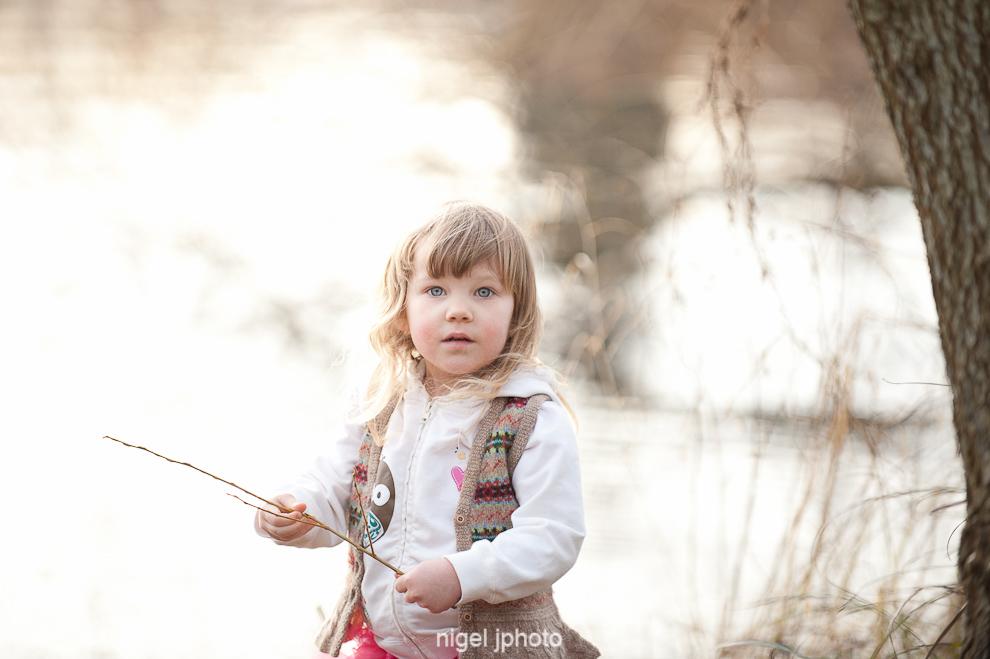 portrait-3-year-old-girl-sunset-seattle-greenlake.jpg