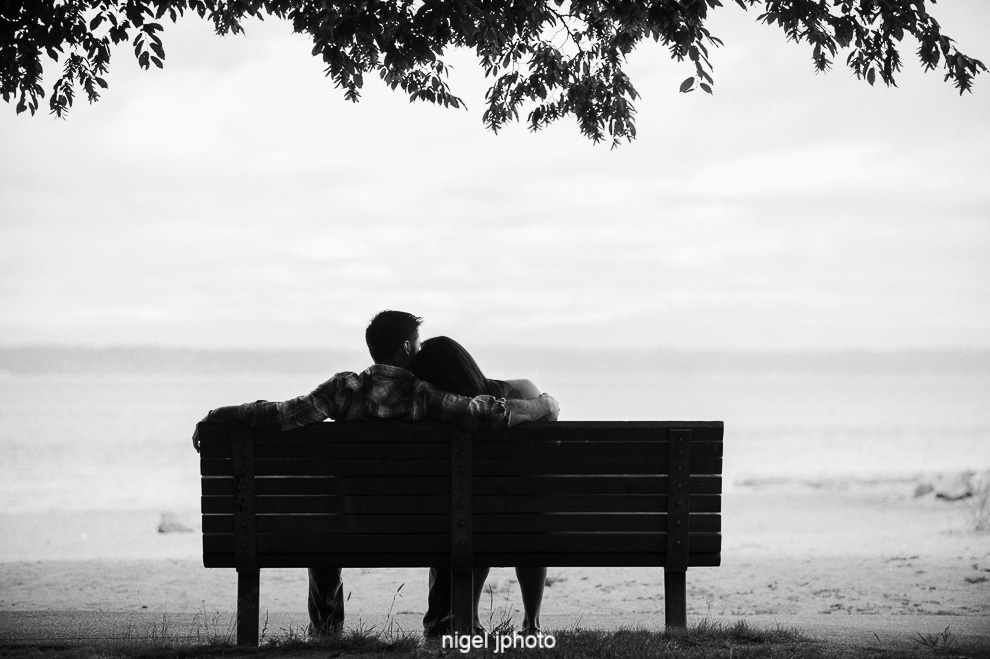seattle-eastside-engagement-photography-beach-golden-gardens-bench.jpg