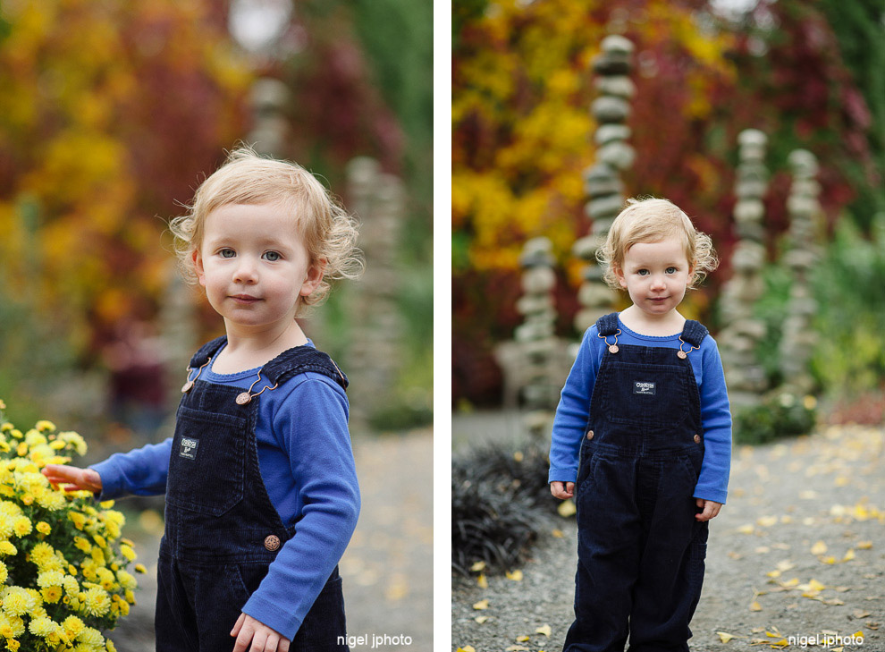 little-girl-red-fall-colors-seattle-eastide-photography.jpg