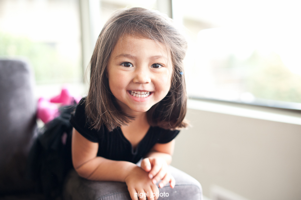 young-girl-seattle-childrens-family-photos.jpg