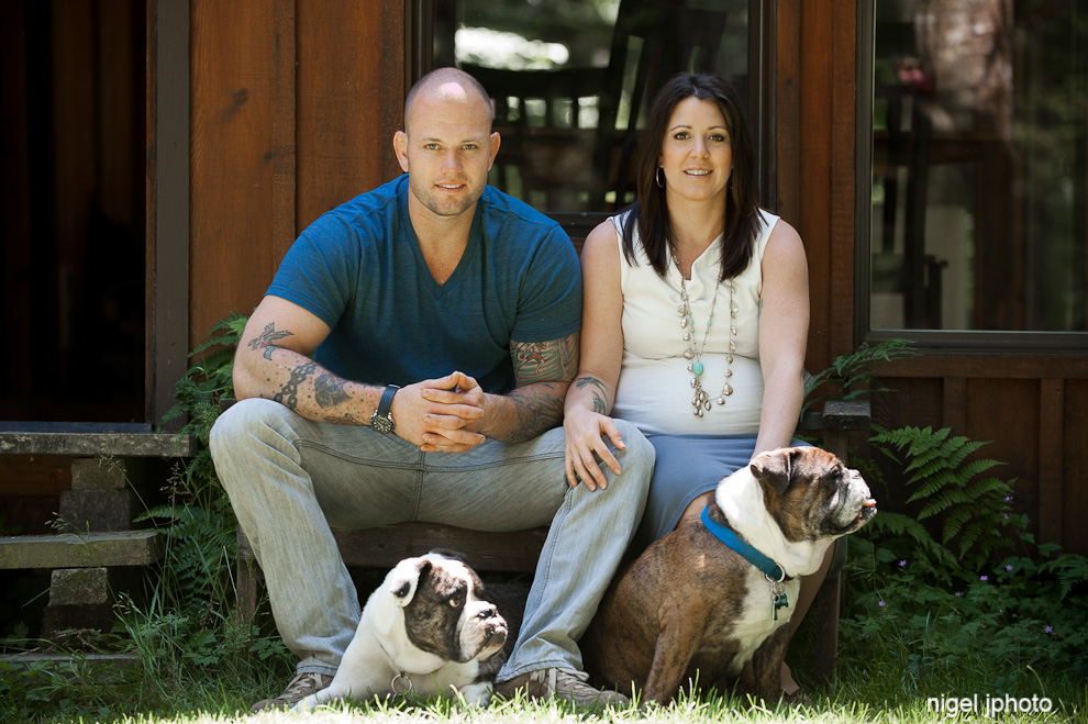 pregnancy-maternity-portrait-couple-with-bulldogs-seattle.jpg