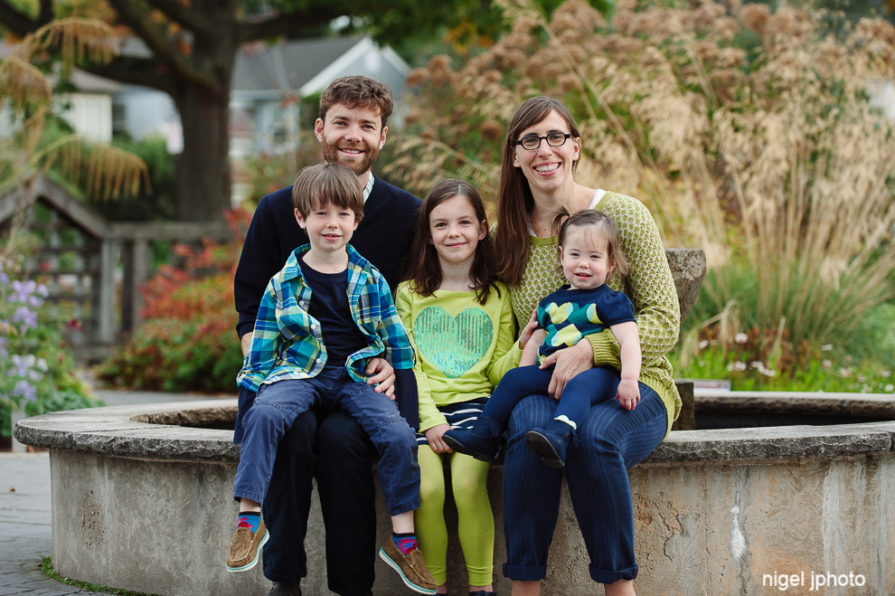 family-of-five-seattle-family-photography.jpg