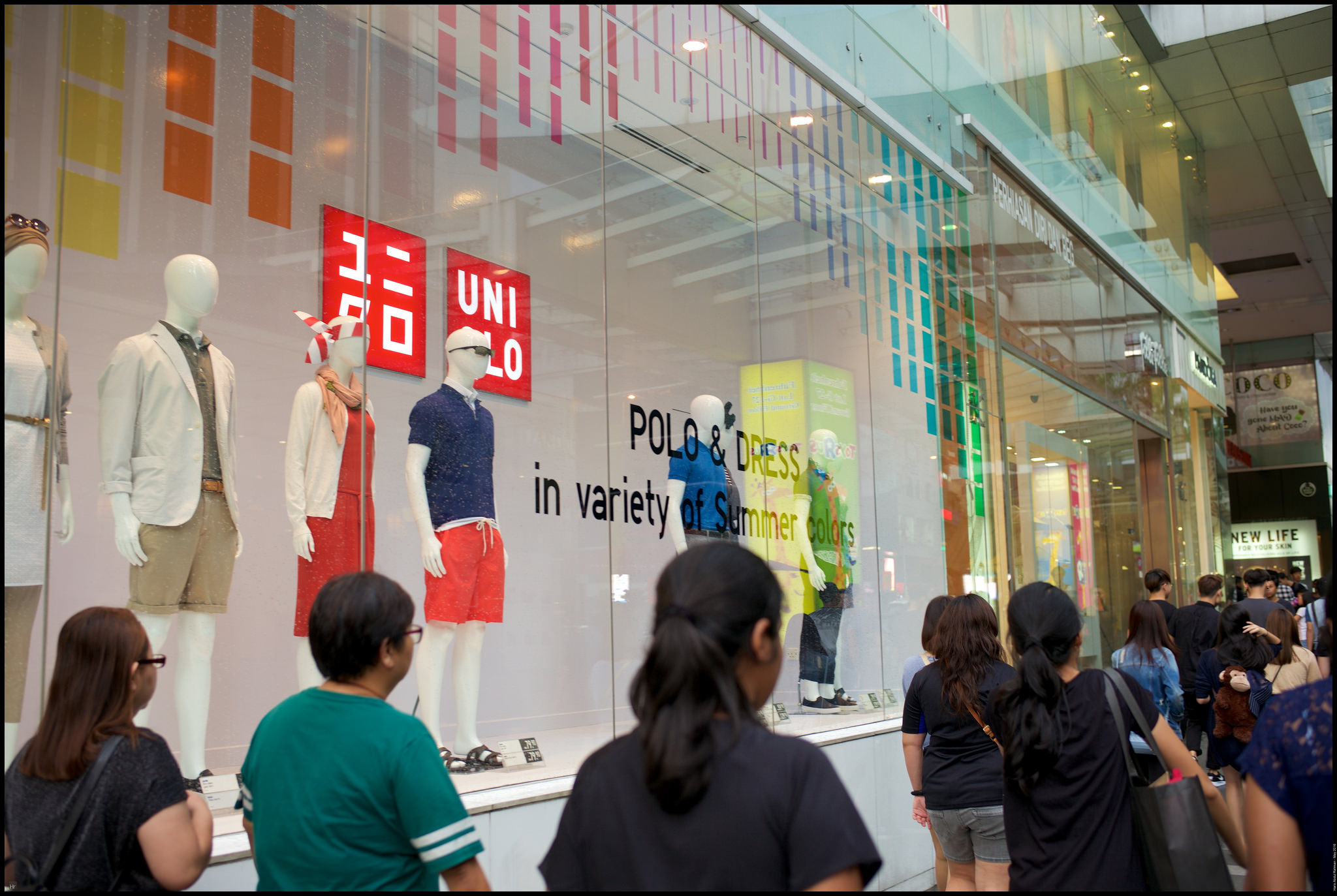 Of all the Uniqlo outlets in KL, I rate this as the best ....