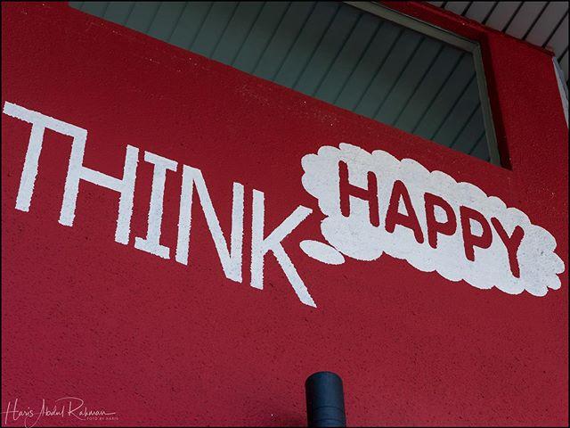 Think happy .... #bukitbintang #streetphotography #kualalumpur #fujifilm #gfx50r #gf110mmf2 #mediumformat