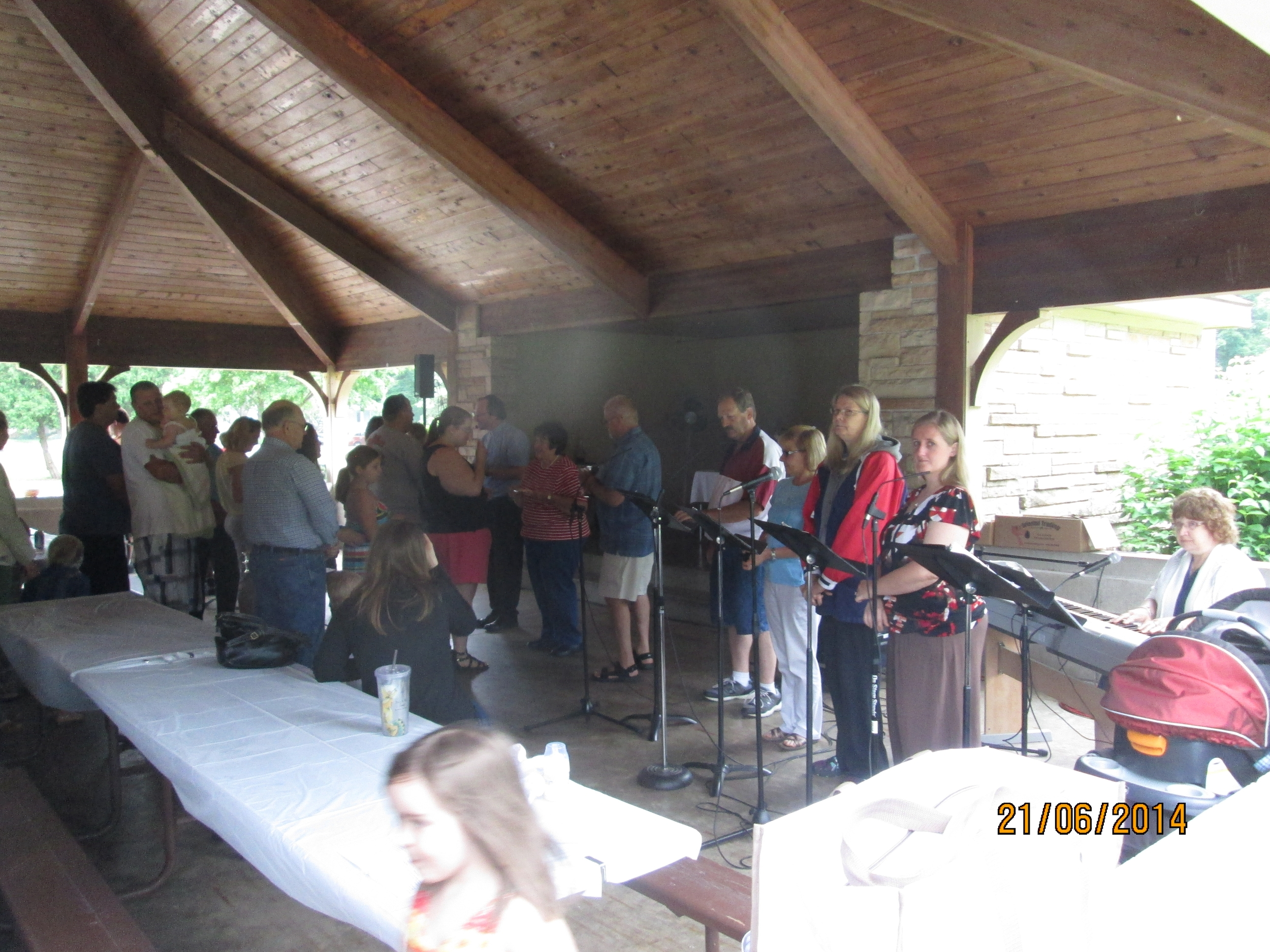 Smith Park Church Service - 2014 (1).JPG