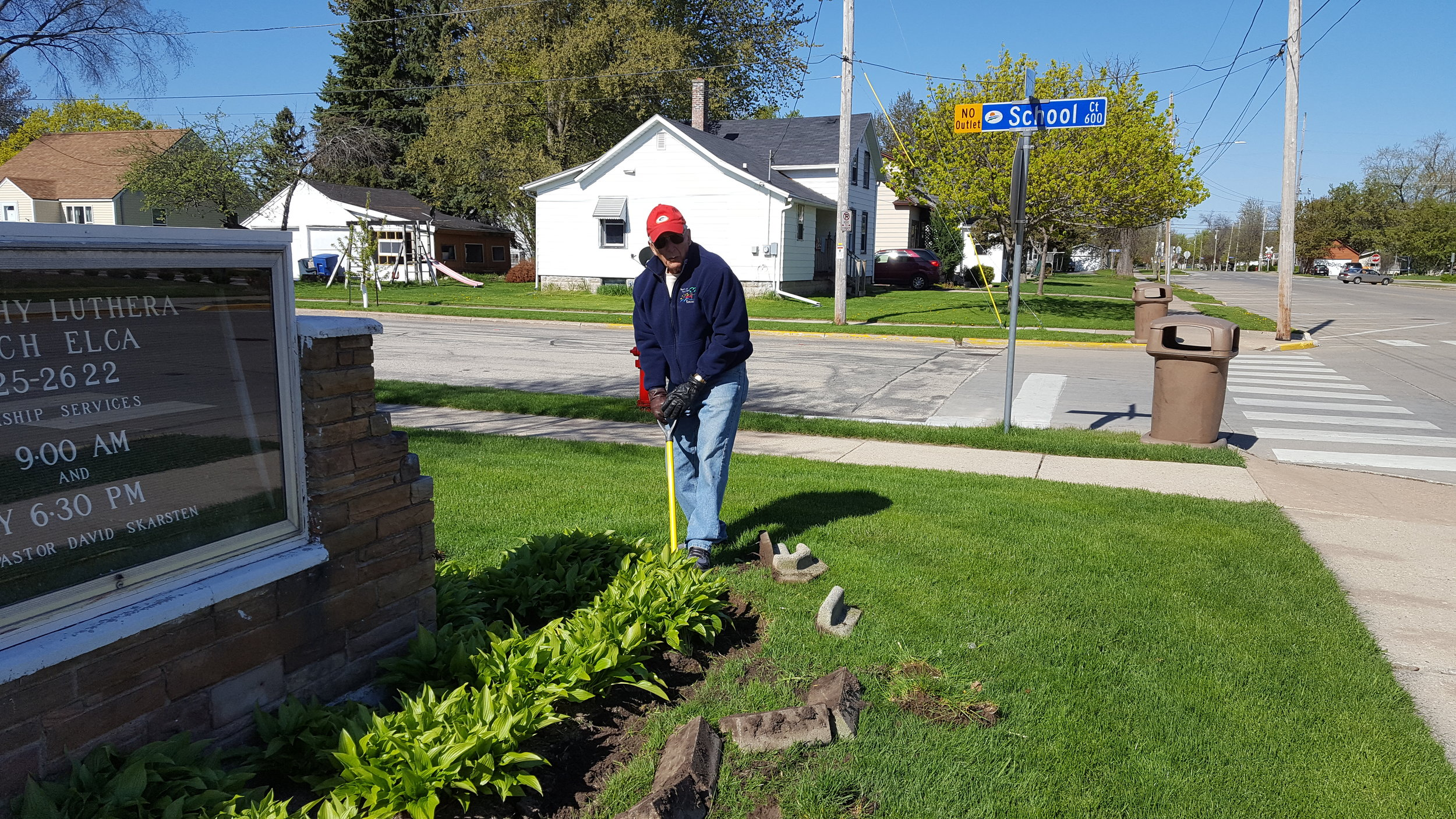 Jim Sodoski spring cleanup May 6 2017.jpg