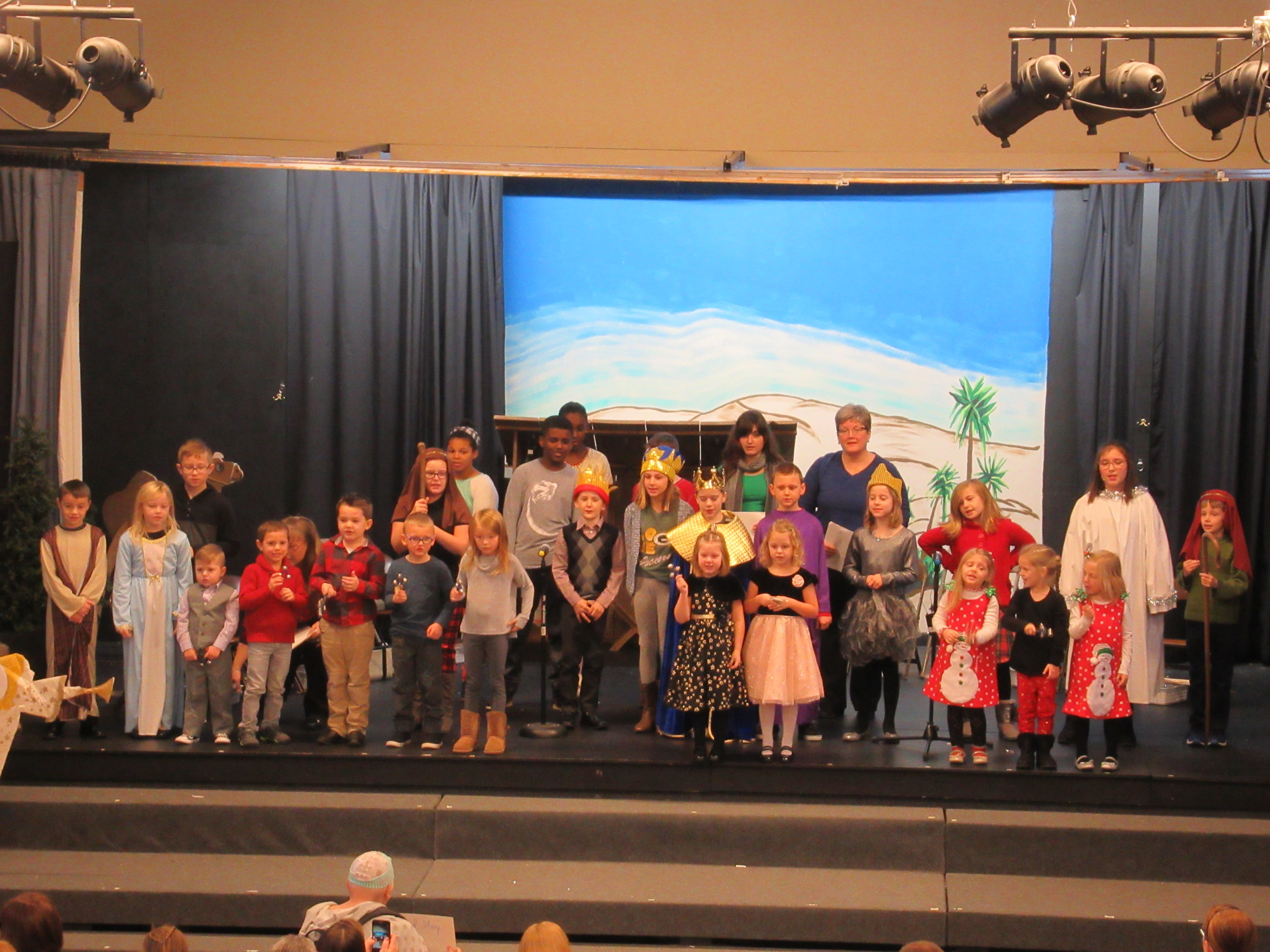 Children_s Christmas Program 1.JPG