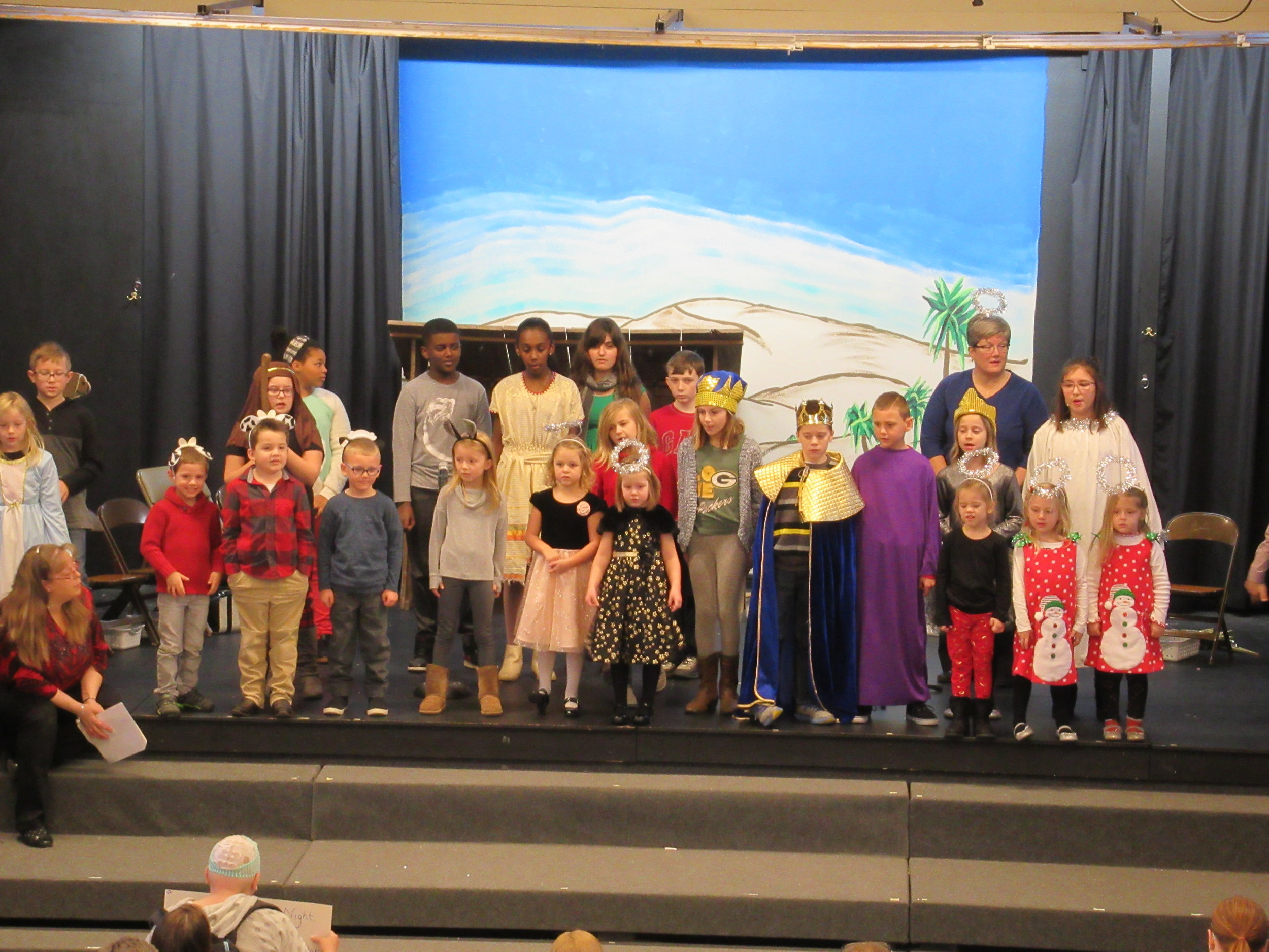 Children_s Christmas Program 2.JPG