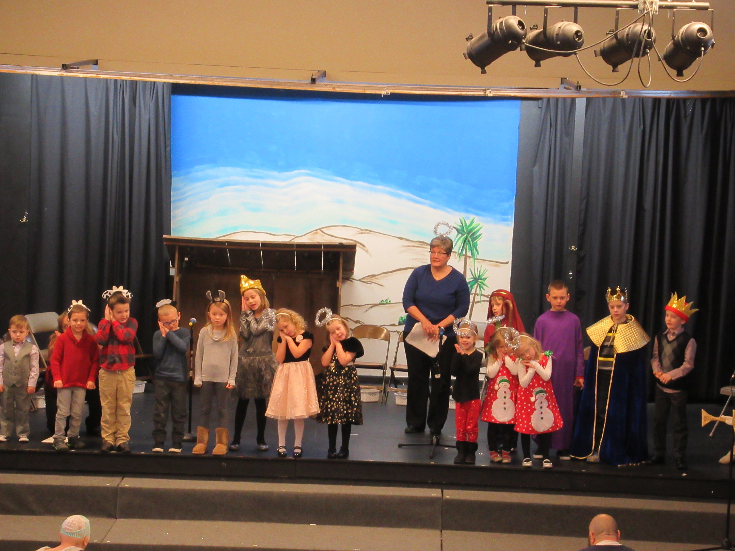 Children_s Christmas Program 5.JPG