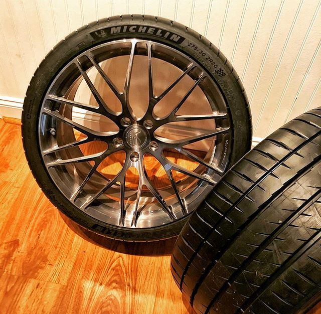 Summer tires on summer wheels, now we wait #vsforged #pilot4s