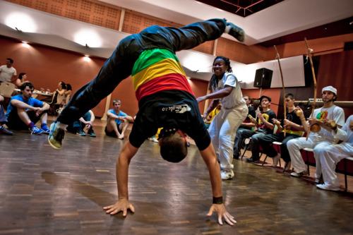 new_school_capoeira_angola.jpg