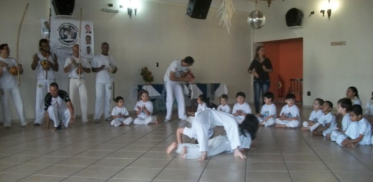 lagartixa_na_roda_capoeira.JPG
