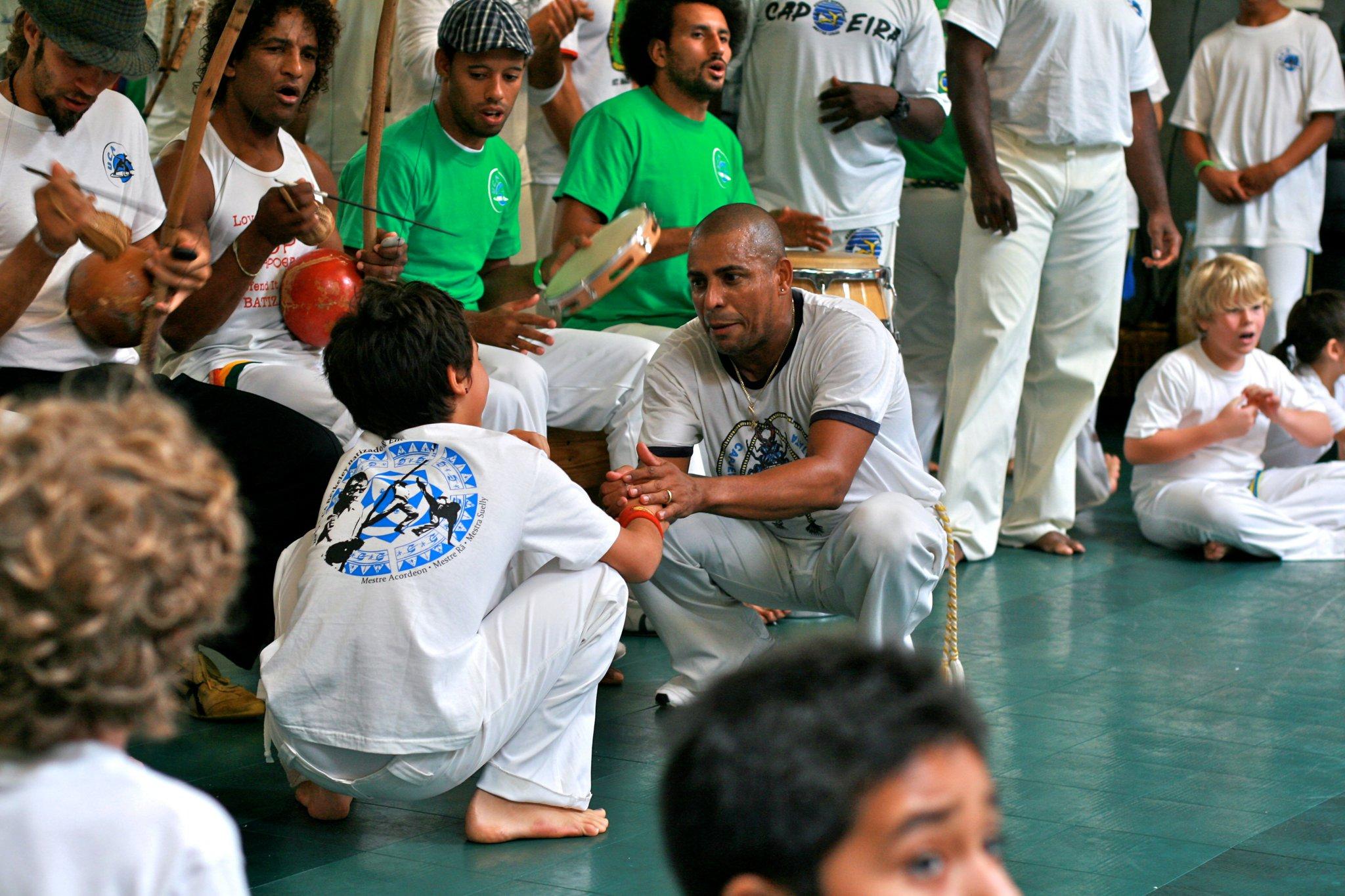 2010_UCA_batizado_pe_do_berimbau.jpg