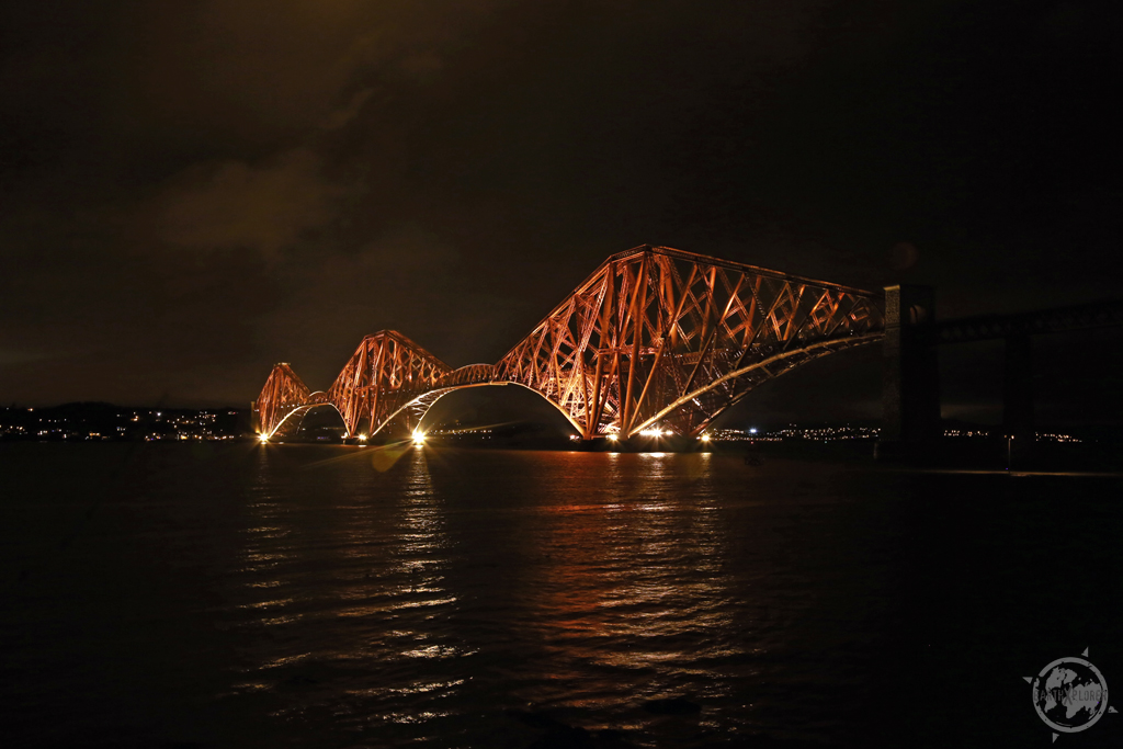 Forth Bridge Edinburgh Scotland.jpg