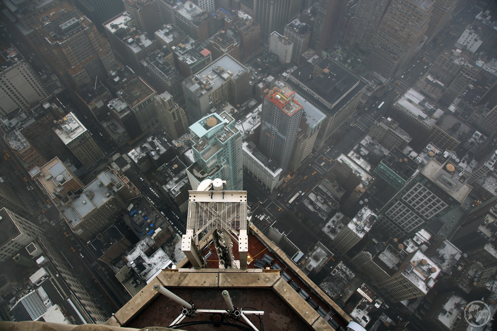Looking down from Empire State Building.jpg