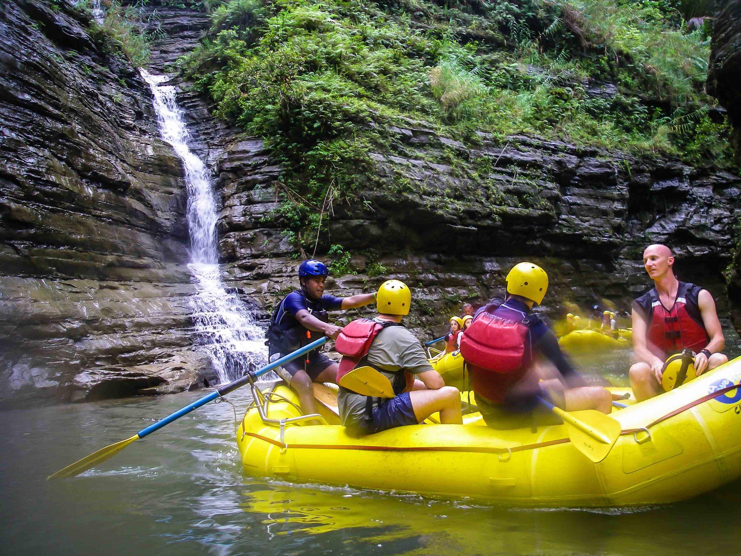 Rafting_Fiji-7.jpg