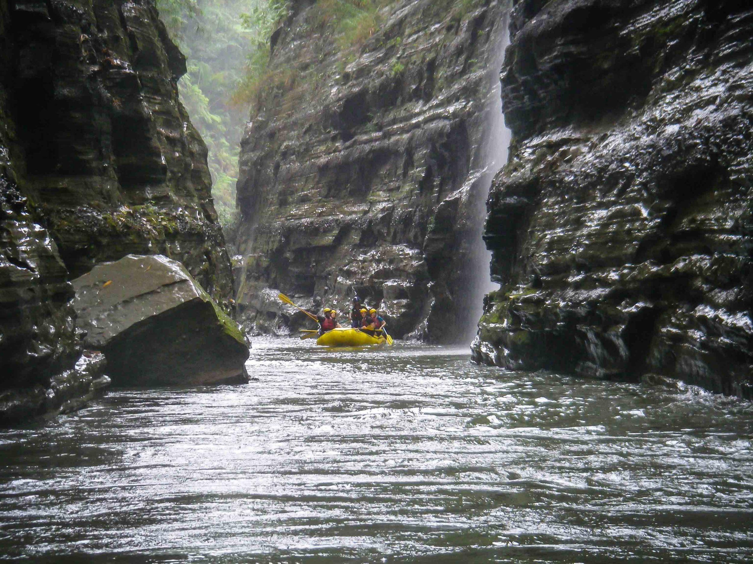 Rafting_Fiji-9.jpg