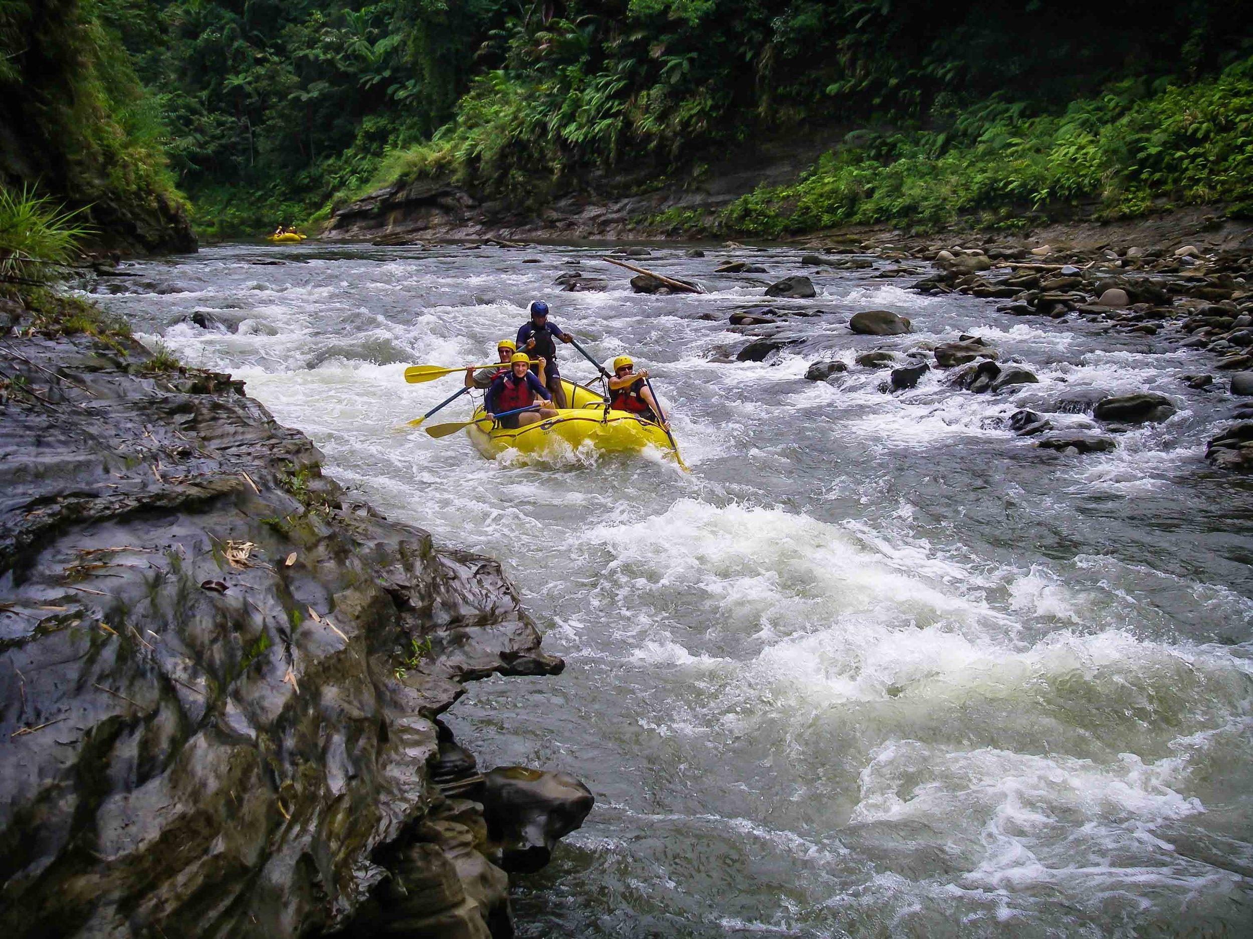 Rafting_Fiji-15.jpg