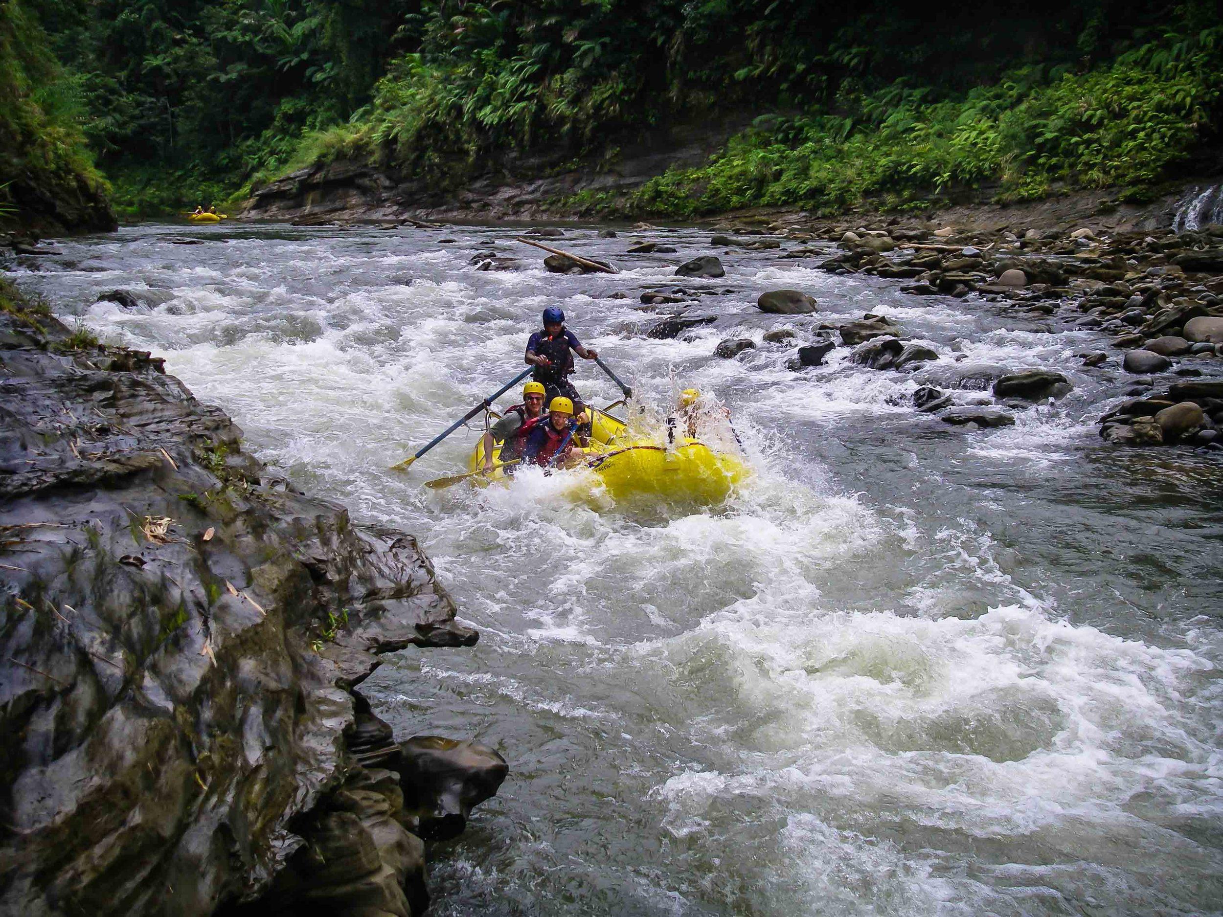 Rafting_Fiji-16.jpg