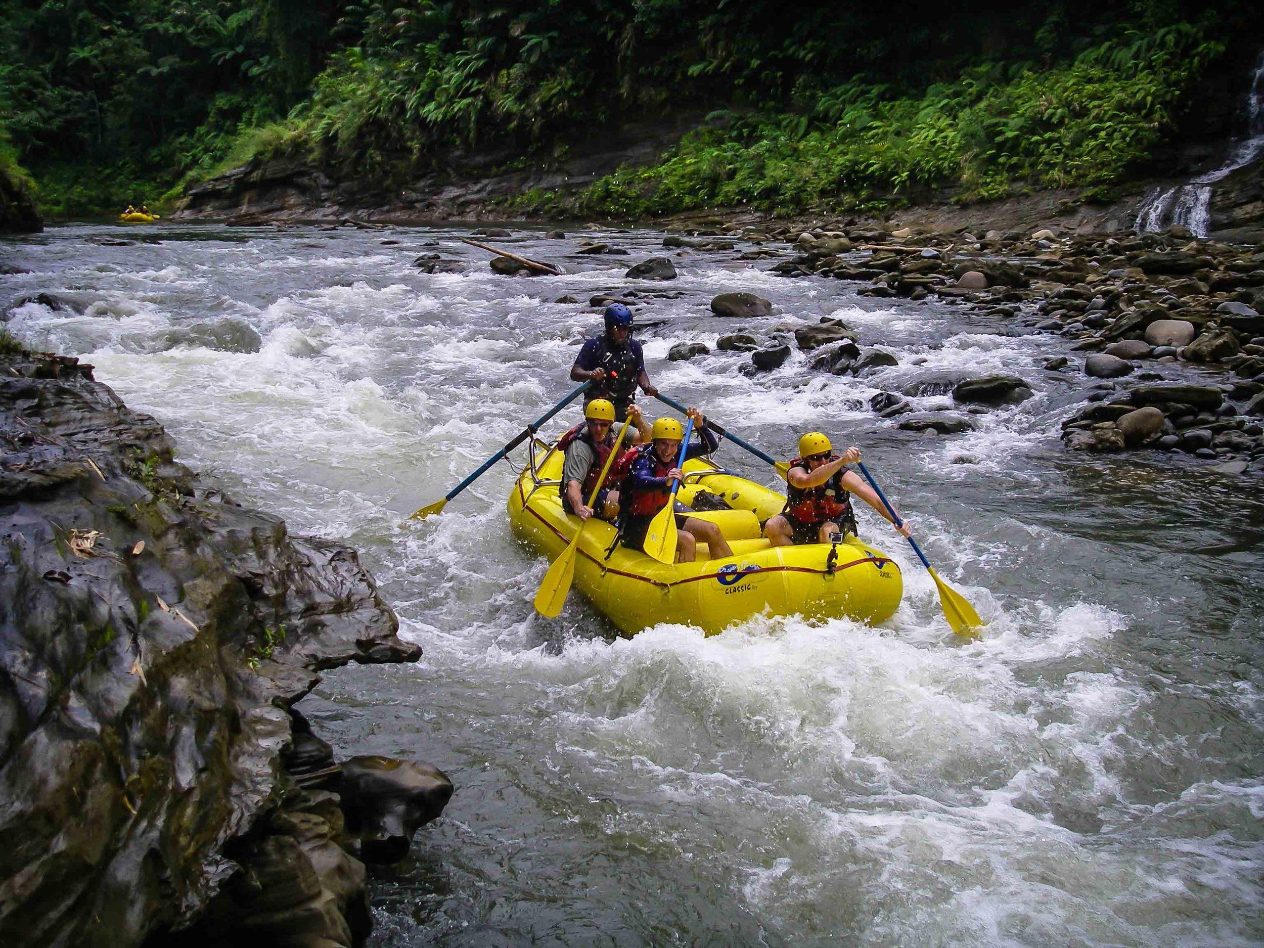 Rafting_Fiji-17.jpg