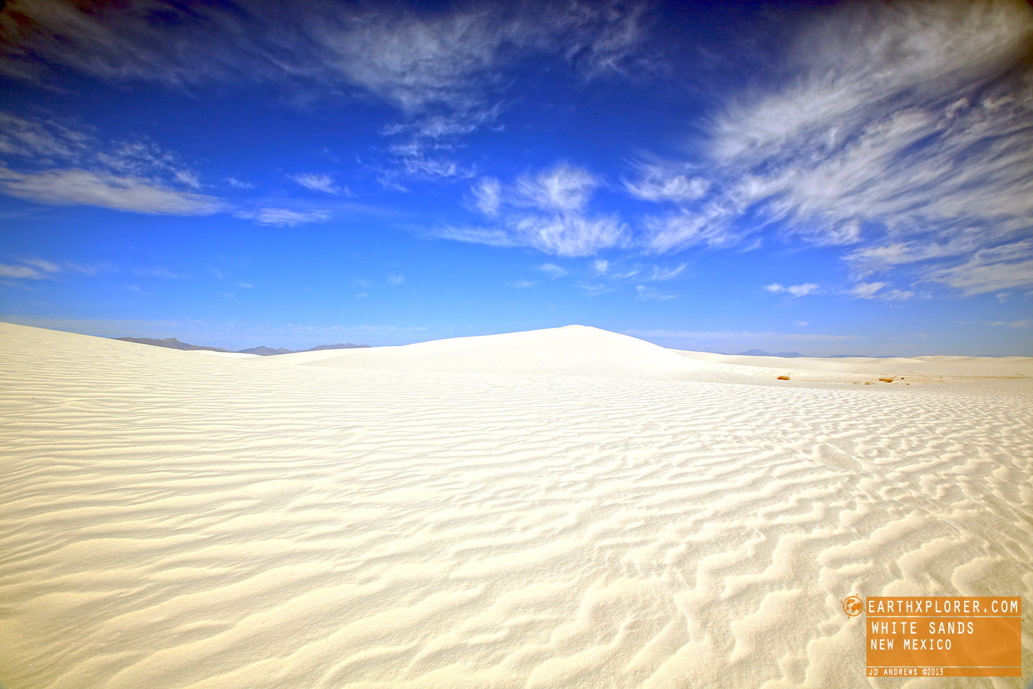 The world's largest gypsum sand dune field - 275 square miles.