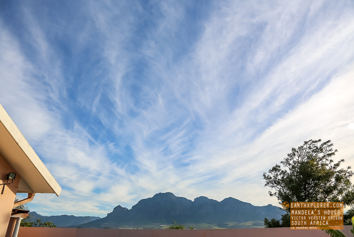 Mandela's inspirational view was The Sleeping Giant (the Simonsberg)Can you see the figure of a man lying on his back, from the left, his head, to his arms folded on his stomach, then feet.