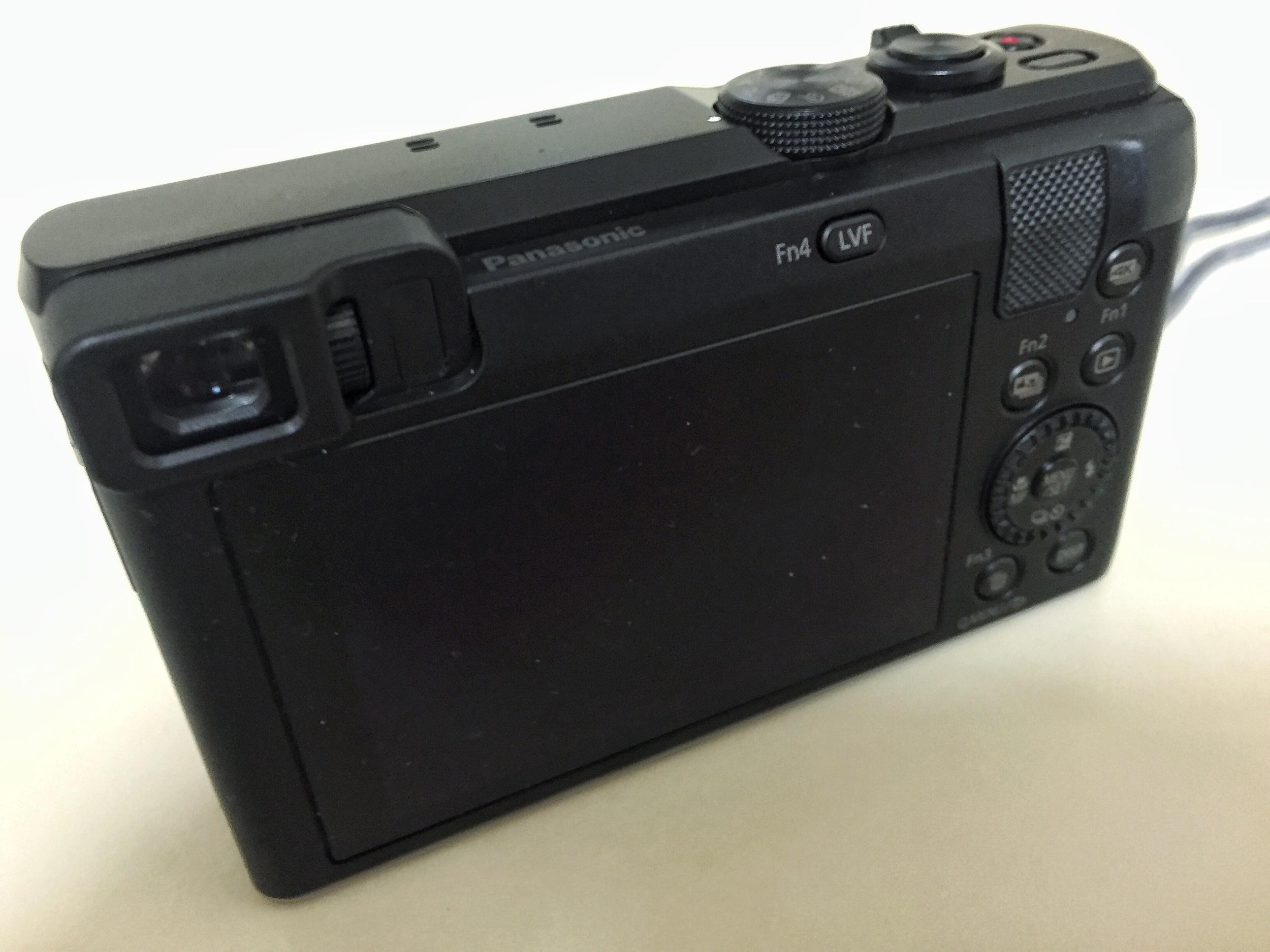 Panasonic LUMIX DMC-ZS60 2.jpg